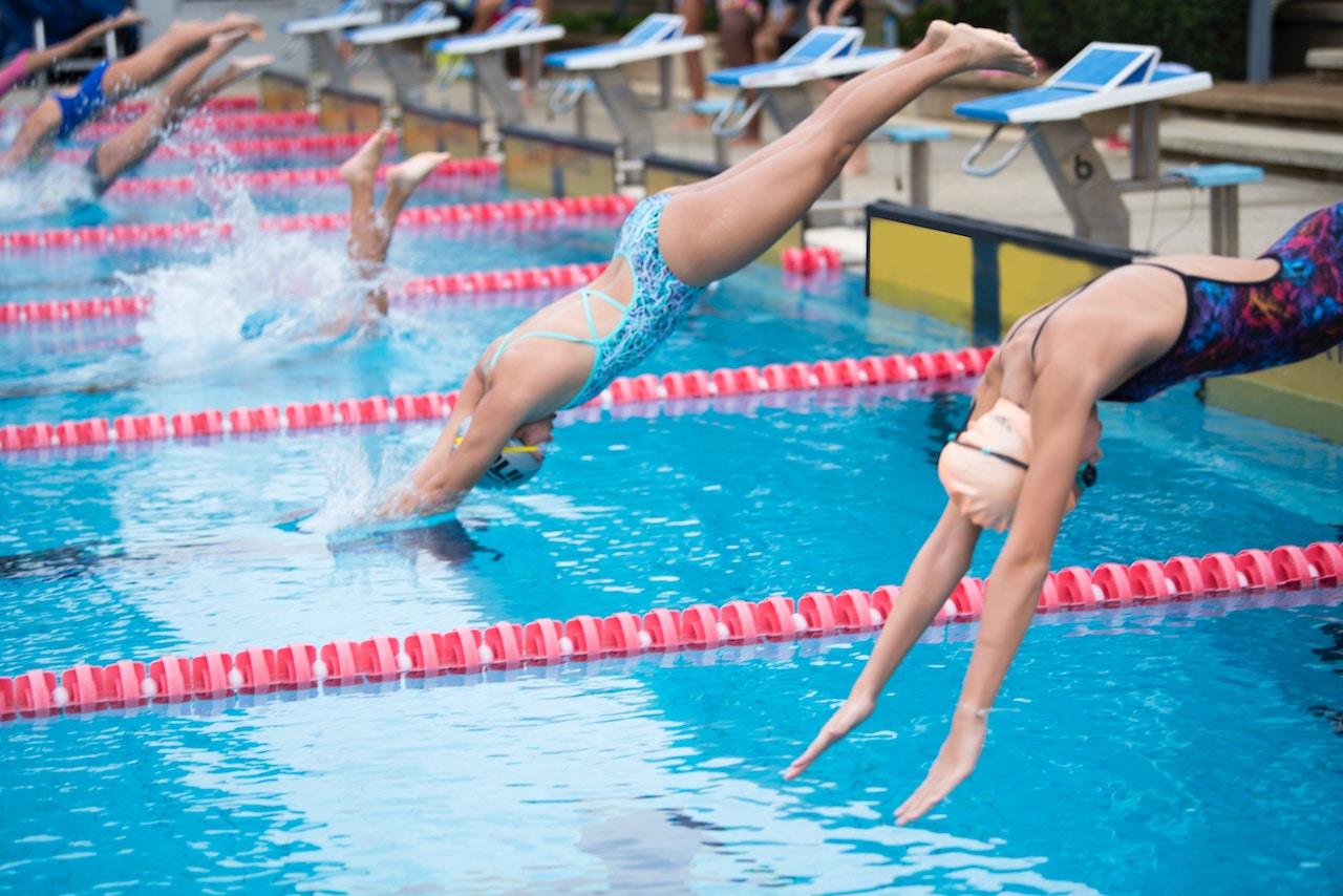 Hornchurch swimming club learn train compete stay fit - Hornchurch swimming pool opening times ...